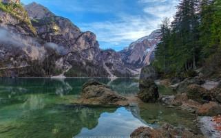 عکس دریاچه پراگس ایتالیا Lake Braies عکس طبیعت