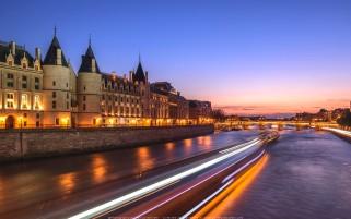 عکس زیبا از رود سن پاریس فرانسه