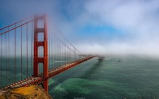 پل طلایی سانفرانسیسکو در مه