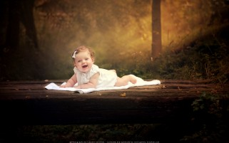 عکس لبخندی به شیرینی دنیا