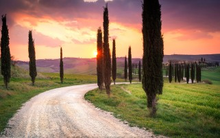 عکس جاده توسکانی ایتالیا