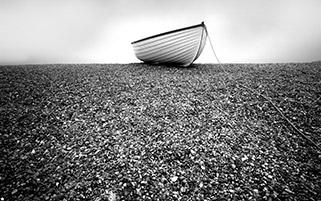 قایق رها شده
