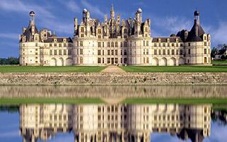 انعکاس قلعه،فرانسه
