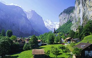 آبشار استابچ،کوه های آلپ،سوئیس