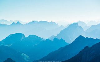 کوه های آبی