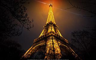 برج ایفل در شب،پاریس