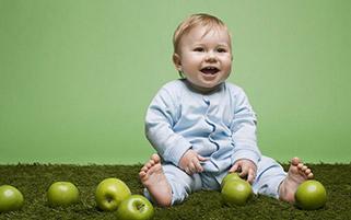 خنده با طعم سیب