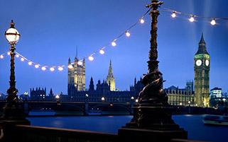 ونسمیستر در شب،لندن