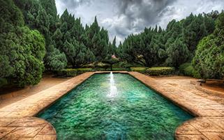 باغ رمز آلود